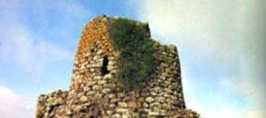 Sardegna Sacra. Nuraghi e tombe dei giganti: monumenti sacri come strumento radionico
