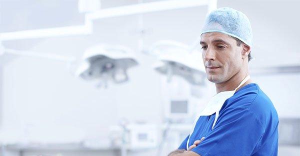 10 consigli indispensabili per scegliere un buon medico