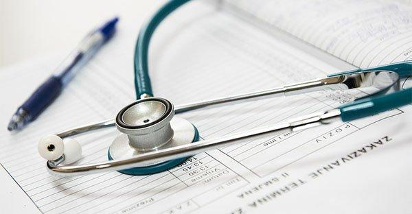 Comunicazione empatica e placebo: fondamentali per favorire i processi di cura