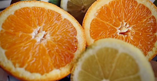 Vitamina C ad alte dosi e Covid-19: il nuovo libro di Domenico Mastrangelo