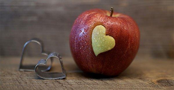Emozioni e pensieri negativi: possono modificare il cibo e l'acqua che ingeriamo?